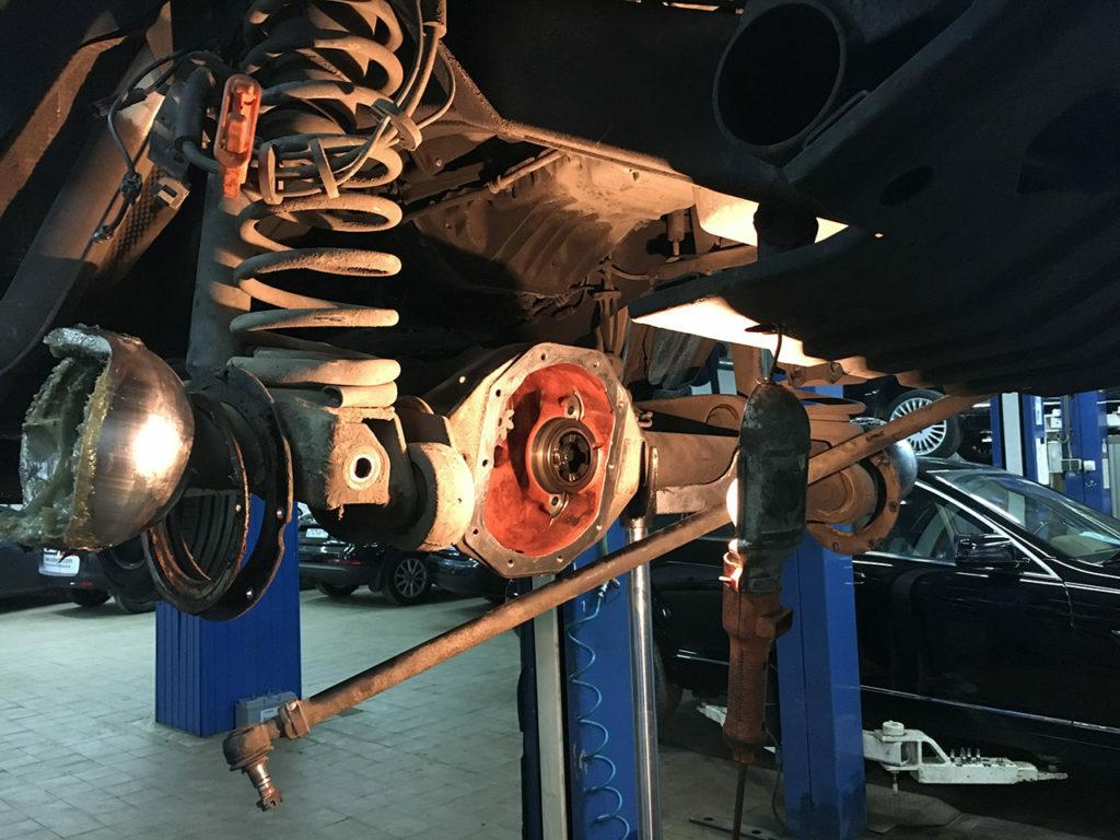 Замена деталей при ремонте редуктора переднего моста